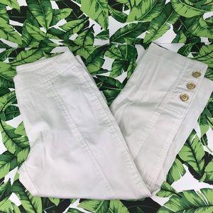 5 for $25 Cache White Button Capri Pants